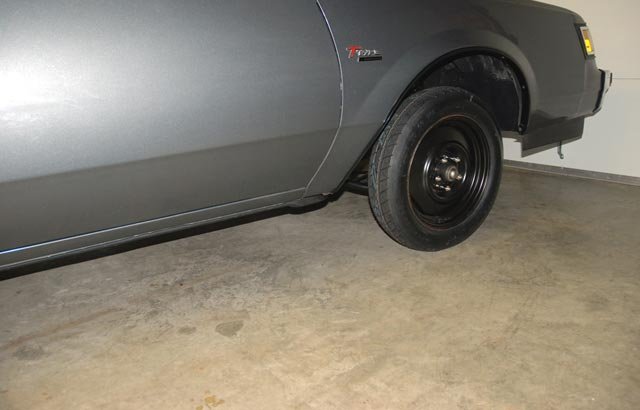 10-Step Tire Change | Fix a tire in no time flat.