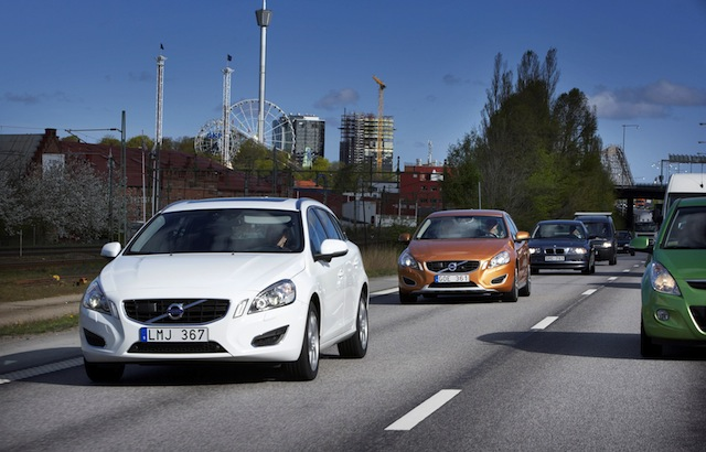 Volvo to Test Self-Driving Cars on Swedish Roads