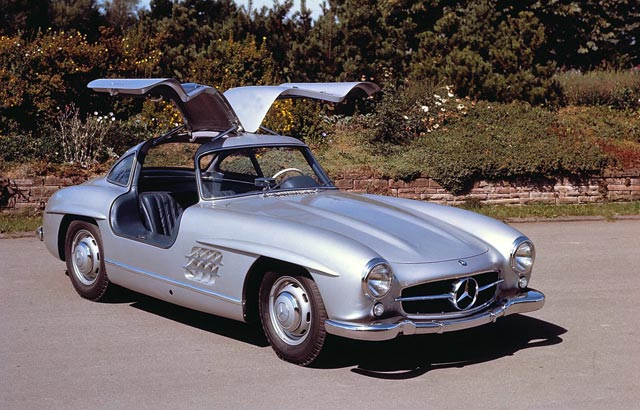 mercedes-benz-125-years-of-automotive-innovations mercedes-benz-300-sl 02