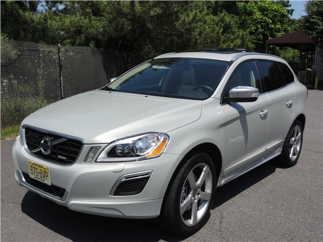 Click to enlarge image 2012_Volvo_XC60_01.jpg
